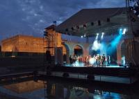 Őszre halasztotta programjai többségét a Gyulai Várszínház