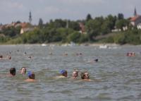 Teljes hajózár lép életbe a Duna-átúszás idejére
