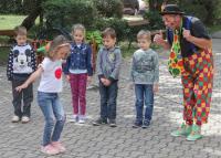 A Kabóca Bábszínház színt hozott a családok életébe