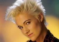 Gyász: elhunyt a Roxette énekesnője
