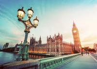 Péntektől nincs karantén az Angliába és Skóciába utazó magyaroknak