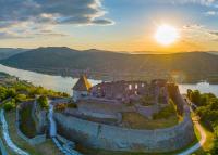 A Tavasz című kisfilmmel várja Visegrád a látogatókat